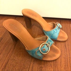 Coach heels blue and tan